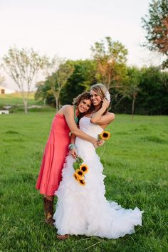 bride and maid of honor, cute! LOVE the colors and of course the sunflowers :)