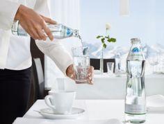 Pre Gasteiner – krištáľovo čistú minerálnu vodu z Národného parku Hohe Tauern – jej previazanie s prémiovými reštauráciami a najlepšími hotelmi podnikateľským zámerom. Svoju pozíciu buduje Gasteiner úzkou spoluprácou s regionálnymi partnermi a významnými združeniami. Príkladnou je spolupráca so Zväzom hotelov a reštaurácií Slovenskej republiky.