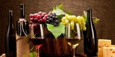 Wine bottles, glasses, grapes and cheese Wine Bottle Glasses, Wine Bottle Labels, Wine Bottles, Wine Shop At Home, Wine Pics, Grapes And Cheese, Chilean Wine, Fruit Picture, Wine Decor