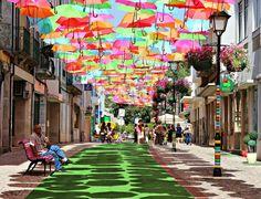 Installation de parapluie, Agueda, Portugal
