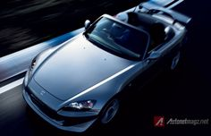 AutonetMagz –japanese Sports car manage to reach its golden era during late to early but along the time, the car makes starts to stop the sports car who we think become the spirit, identity and symbol of a brand. Honda Car Models, Honda Cars, Japanese Sports Cars, Japanese Cars, Automotive News, Automotive Design, Type S, Honda S2000, Automotive Photography