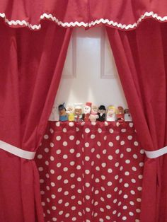 Sew Many Ways...: Tool Time Tuesday...Doorway Theater
