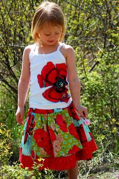 What lovely poppies on this summer themed outfit! Little girls will love wearing clothing patterns like this.
