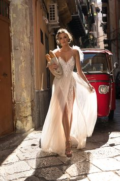Today we are excited to share the new Muse by Berta bridal collection in a unique and unforgettable photoshoot in the bustling streets of Palermo. This pho Spaghetti Strap Wedding Dress, Wedding Dresses With Straps, Dream Wedding Dresses, Bridal Dresses, Prom Dresses, Spaghetti Straps, Wedding Dresses Berta, Dhgate Wedding Dress, Bridesmaid Gowns