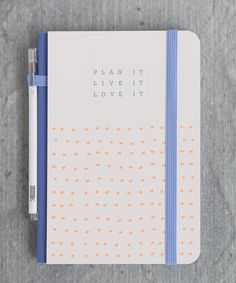 Plan the perfect trip with this gorgeous Printed Travel Journal and matching pen - perfect for recording your next adventure