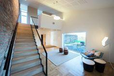 Super vet: een gekanteld huis in Noorwegen dat zelf energie opwekt - Roomed