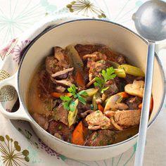 Découvrez la recette Boeuf braisé à la Guinness sur cuisineactuelle.fr.