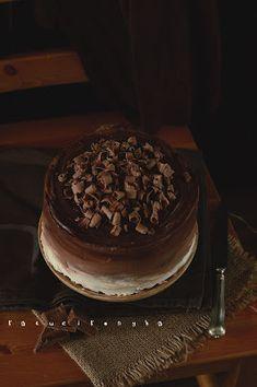 Csokitorta, csak így egyszerűen Tiramisu, Bakery, Muffin, Eat, Cooking, Ethnic Recipes, Food, Drinks, Kitchen