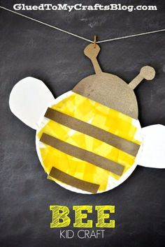 Preschool Crafts for Kids Paper Plate Craft for kids. Informations About Paper Plate Honey Bee – Kid Craft Idea Pin You can. Insect Crafts, Bug Crafts, Daycare Crafts, Toddler Crafts, Bee Crafts For Kids, Paper Plate Crafts, Paper Plates, Honey Bee Kids, Bug Activities