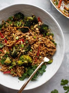 We liked this (but not too often for Jer). Used 3 packages ramen noodles. These are the most delicious peanut noodles! Tossed with roasted broccoli, red peppers, scallions, peanuts and an incredibly flavorful sauce! Slow Cooker Sloppy Joes, Clean Recipes, Easy Dinner Recipes, Pasta Recipes, Lasagna Recipes, Lentil Recipes, Broccoli Recipes, Noodle Recipes, Fudge Recipes