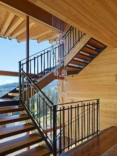 Stairs: Crow's Nest Residence by Mt. Lincoln Construction #arquitectura