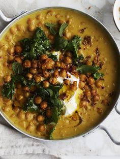 The stew eli kikhernemuhennos Chana Masala, Stew, Curry, Food Porn, Veggies, Food And Drink, Ethnic Recipes, Stuffing, Decor Ideas