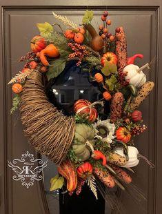 Outdoor Fall Wreaths, Autumn Wreaths, Easy Halloween Decorations, Thanksgiving Wreaths, Summer Wreath, Door Wreaths, Fall Crafts, Fall Decor, Rustic