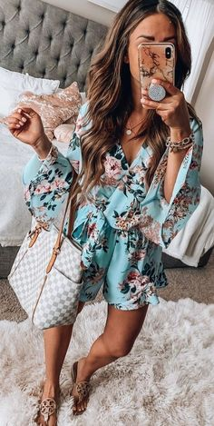 25 Catchy Summer Outfits You Should Already Own - white and gray Louis Vuitton leather shoulder bag Trendy Summer Outfits, Preppy Outfits, Spring Outfits, Cute Outfits, Fashion Outfits, Womens Fashion, Short Outfits, Sexy Outfits, Fashion Fashion