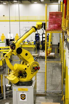Fulfillment centers, robotic logistics, and the future of retail Fanuc Robotics, Logistics Supply, Technology Addiction, Amazon Orders, Supply Chain Solutions, Amazon Hacks, Humanoid Robot, Fulfillment Center, Robot Design