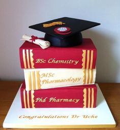 Cake to celebrate the graduate's special day. If you are looking for the best graduation cake ideas, you've come to the right place to find some! College Graduation Cakes, Graduation Celebration, Celebration Cakes, Graduation Tassel, Graduation Desserts, Nursing Graduation, Graduation Ideas, Book Cakes, Girl Cakes