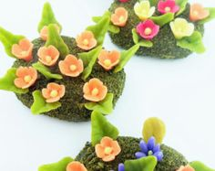 Miniature Garden Polymer Clay Flowers Supplies for Dollhouse, delicate and beautiful, 4 pcs