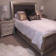 Apartment living. #myashleyhome #homegoods #coralayne @ashleyhomestore