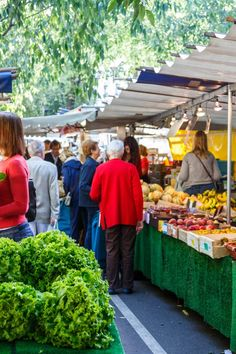 Batignolles: An Outer-Paris Neighborhood Slowly Becoming In