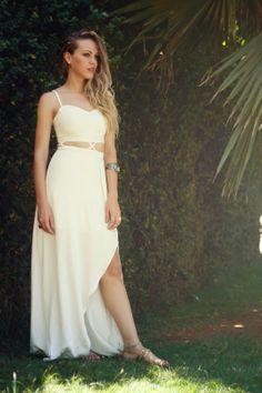 Vestido longo cutout com fenda