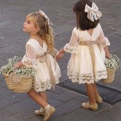 In addition to the bride and groom, the wedding day is the most eye-catching wedding flower girl. In general weddings, I will invite a few small flower girls, like cute little angels, symbolizing the pure Read more… Wedding Flower Girl Dresses, Lace Flower Girls, Lace Flowers, Vintage Flower Girl Dresses, Winter Flower Girl, Flower Girl Outfits, Crocheted Flowers, Flower Girl Tutu, Flower Dresses