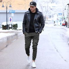 Tag @locamenstyle on your pics for your chance to get featured  #fashion#swag#style#stylish#swagger#jacket#menshair#pants#shirt#instalifo#handsome#polo#dapper#guy#boy#man#model#tshirt#shoes#menswear#mensfashion#jeans#suit#menstyle#dapperman#dapperstyle#dapperlife#doctor#mensshoes by locamenstyle
