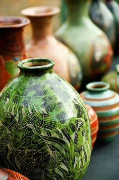 Ceramica de El Salvador Need this for my little home and this totally inspires me for new designs :)