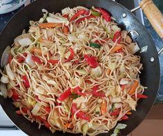 Méregerős ázsiai zöldséges-csirkés tészta Wok, Japchae, Ethnic Recipes