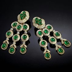 """Michelle"" is another favourite, set with Colombian emeralds, diamonds and touch of gold with dazzling movement from #VeschettiCollection for midsummer night dreams ✨✨ #HighJewellery #Diamonds #Diamond #Emerald #PearShaped #Earrings  #VeschettiJewelry"