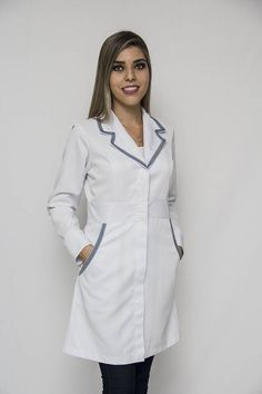 Experience Center, Medical Uniforms, Medical Scrubs, Nursing Dress, Professional Look, Medical Students, Ideias Fashion, Blazer, Coat