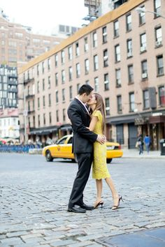 #Engagement in NYC | See more on SMP:  http://www.StyleMePretty.com/tri-state-weddings/2014/01/17/nyc-engagement-session/ Jen Huang Photography