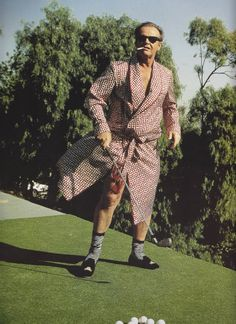I was fortunate enough to witness Jack Nicholson throw a profanity filled hissy fit after blowing a shot on the Maroon Creek golfcourse. Obviously, I sported the poor fellow a cocktail