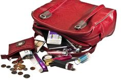 Handbags should be free of clutter. Clean out your purse once a month so that chi energy associated with your finances and well being never has a chance to become stagnant. Coat Closet Organization, Organization Hacks, Organizing Ideas, Tv Shopping, Fashion Vocabulary, Organized Mom, You Bag, Purse Wallet, Feng Shui
