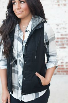 || The Ashley Puffer Vest $38 || YOU. NEED. THIS. End of story! A fall and winter staple that every girl needs in their closet. So cozy and cute!
