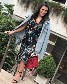 O verão está repleto de alegria, leveza e sofisticação! Encante-se! #moda #modafeminina #fashion #look #inspiracao #tendencia #conjunto #pantacourt #primaveraverao #verao #euvoudeperegrino