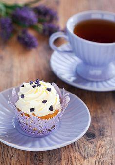 Tea time ❀ Lavender cupcake