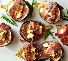 These simple-to-prepare figs stuffed with goat cheese and wrapped in prosciutto, are so delightful, they will become a mainstay on your menu. Fig Appetizer, Prosciutto Appetizer, Cheese Appetizers, Appetizer Recipes, Goat Cheese Recipes, Fig Recipes, Goat Cheese Salad, Cooking Recipes, Goats Cheese Starter