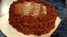 Yellow cake with chocolate rose's