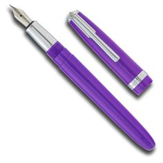 A chic set Pick your favorite color in both a Recife Traveler fountain pen and a rollerball. The stainless steel nib bears the intricate Recife logo, available in fine, medium and broad nib. Posting of this screw-on cap is not recommend.