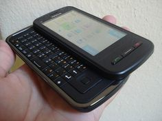 Nokia C6 hands on.     Viettel IDC | Co-location | Dedicated Server | Hosting | Domain | Vps | Email | Cloud Computing ...