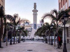 Monumento a las Cortes de 1812, plaza de España, Cádiz