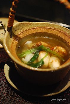 Rich Aroma Japanese Wild Mushroom Soup at the Iron Chef's Restaurant | Matsutake Dobin Mushi 松茸の土瓶蒸し