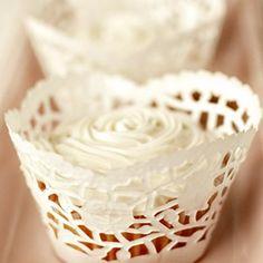 バレンタインのカップケーキをオシャレに演出する海外のラッピング集