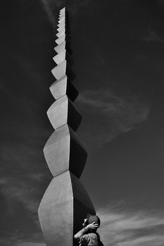 Costantin Brancusi. Endless Column, Târgu Jiu, Romania, ( 1918/1938) - The concept of Brancusi's column inspired the Citylife Tower in Milan by Arata Isozaki and Andrea Maffei. The vertical continuation of the convex modules, has been reproduced by the architects in the tallest skyscraper of Italy increasing the effect of a never ending tower.