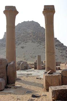 Pyramide de Sahourê  Abusir  Egypt