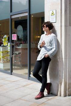 dr martens skinny jeans sweater hair tumbr sunglasses men style