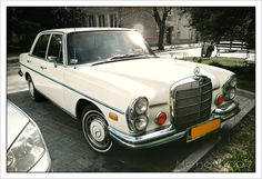 Mercedes 280 SE 4.5 (1972) | by Mehow911 Mercedes S Class, Mercedes Benz Amg, M Benz, Land Cruiser, Antique Cars, Classic Cars, Knights, Autos, Vintage Cars
