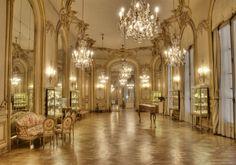 Museo Nacional de Arte Decorativo, Palacio Errazuriz Alvear, Salon de baile.