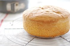 Baking Science, Sponge Cake, Kitchen Hacks, Cornbread, Vanilla Cake, Fondant, Ethnic Recipes, Desserts, Food