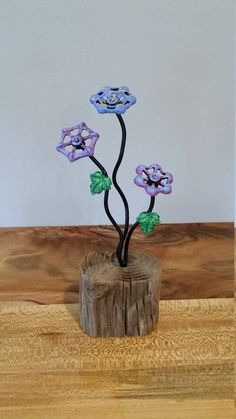 """Obtain wonderful ideas on """"metal tree art"""". They are actually readily available for you on our website. Welding Art Projects, Welding Crafts, Metal Art Projects, Metal Crafts, Diy Welding, Welding Tools, Metal Welding, Blacksmith Projects, Diy Projects"""